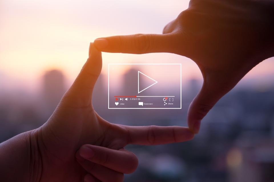 آمارها نشان می دهد که ویدئو بیش از هر ابزار دیگری در ارائه تولید محتوا به مخاطب مهم و موثر بوده است.
