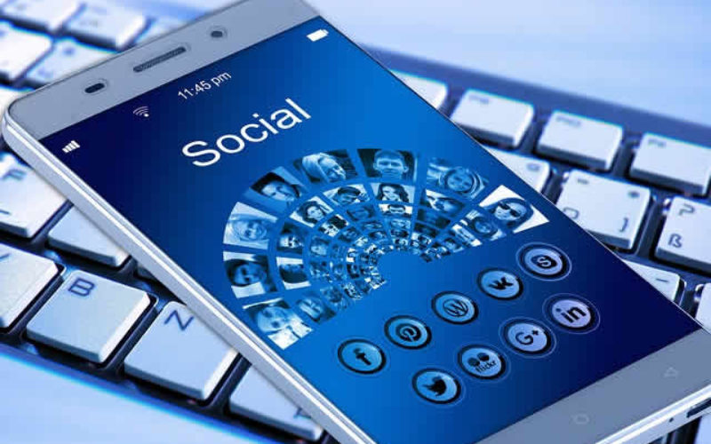مانیتورینگ شبکه های اجتماعی